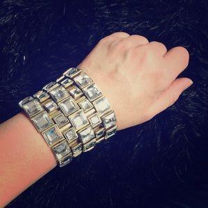 Jewelry - BOLD gold and rhinestone bracelet!!